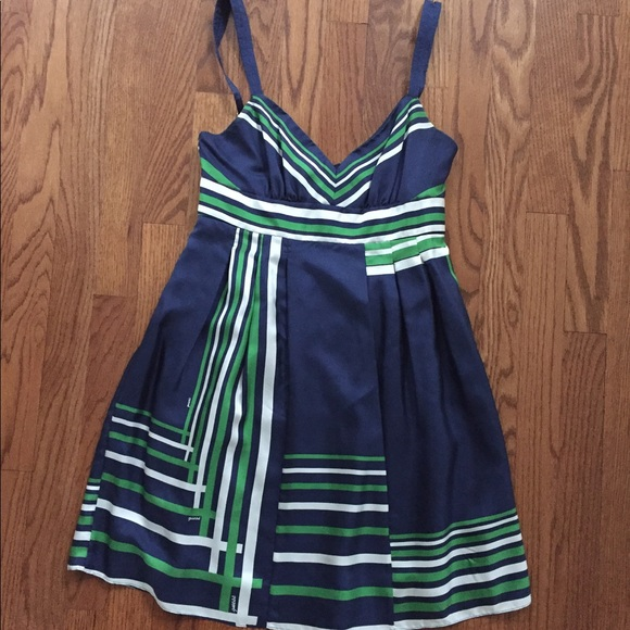 Guess Dresses & Skirts - Guess silk dress